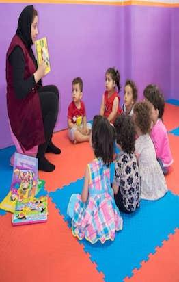 بازی ها وسرگرمی های کودکان ۹ تا ۱۸ ماهگی در کلاس